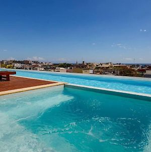 Great 1 Bedroom Rooftop Pool, Ocean Views! photos Exterior