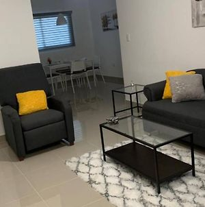 Brand New Second Floor Apartment With Ac And Wifi photos Exterior