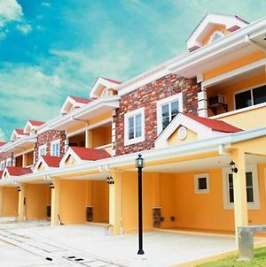 High-End Fully Furnished Townhouse In Cebu City , Guadalupe photos Exterior