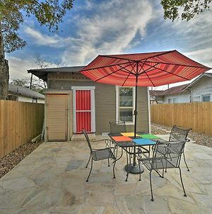 Cottage In Prime Location, Walk To The Alamo! photos Exterior