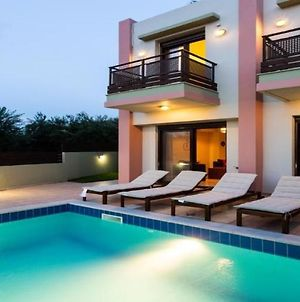Three Bedroom Villa With Private Pool photos Exterior