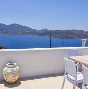 Traditional Cycladic House photos Exterior