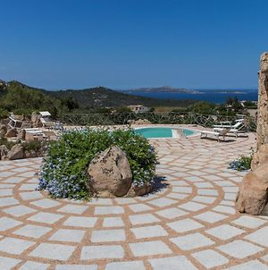 Cannigione Villa Sleeps 11 With Pool Air Con And Wifi photos Exterior