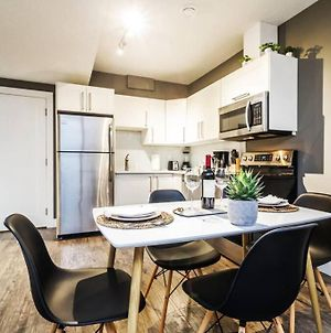 Lux Modern Suite, 10 Min To Wem And Dt, Long Stays, Sleeps 4! photos Exterior