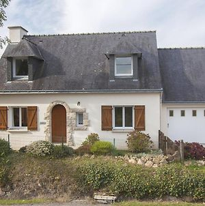 Charming Holiday Home With Nice Garden And Only 5 Km From The Breton Beach! photos Exterior