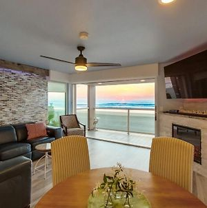 Brand New Ocean Front Remodel In Heart Of Mb photos Exterior