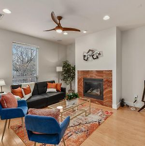 Cozysuites Deluxe Townhome In Oak Lawn Amazing Rooftop photos Exterior