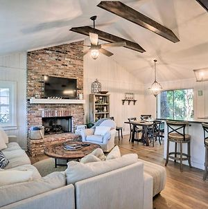 Charming Cottage With Porch, Less Than Half Mi To Beach photos Exterior