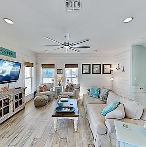 Luxe Gulf-View Retreat - Pool, Hot Tub & Boardwalk Home photos Exterior