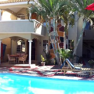 Apartment With 2 Bedrooms In Trou Aux Biches With Shared Pool Enclosed Garden And Wifi photos Exterior