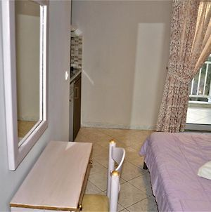 Room In Studio - Lovely Room For 2 People In Limenaria, Only Five Minutes Away From Center photos Exterior