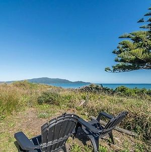 Beachfront Getaway - Waikanae Beach Holiday Home photos Exterior
