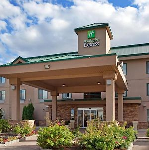 Holiday Inn Express Hotel & Suites Vernon, An Ihg Hotel photos Exterior