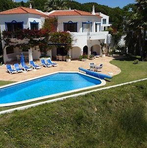 Villa In Vale Do Lobo Sleeps 8 Includes Swimming Pool Air Con And Wifi 9 9 photos Exterior