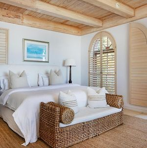"Villa Del Mar - ""Luxurious En-Suite Bedroom With Lounge And Stunning Sea View Balcony In Bantry Bay"" photos Exterior"