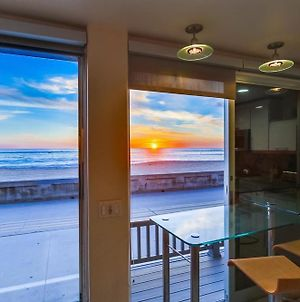 2 Levels Of Ocean Front, Largest Townhome, Ac photos Exterior