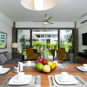 Right In The Heart Of Nuevo Vallarta! New And Modern Condo Close To Beaches, Restaurants And More photos Exterior