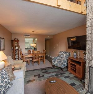 512G - Lakefront 2 Bedroom Condo With Private Balcony! photos Exterior