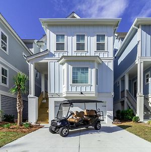 *** New 5 Bed/4 Bath Home With Elevator, Private Pool, & 6-Seater Golf Cart *** photos Exterior