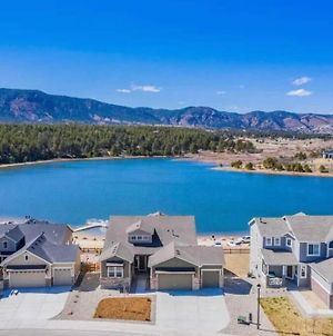 Large Brand-New Home Close To Lake & Mountains photos Exterior