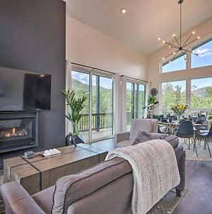 High-End Pine Cabin With Fire Pit And Mtn Views! photos Exterior