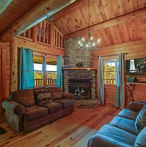 Rustic 4/2 Log Cabin With Lovely Views! Sleeps 8! photos Exterior