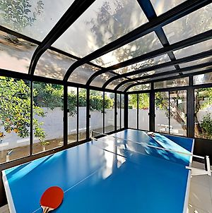Mid-Century Modern Retreat - Private Pool Oasis Home photos Exterior