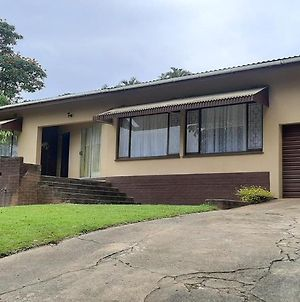 Umtentweni South Coast Self Catering Holiday Home photos Exterior