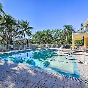 Sunny Naples Townhome With Lanai And Pool Access! photos Exterior