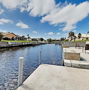 Canal-Front Home - Corner Lot - Lanai & Boat Dock Home photos Exterior