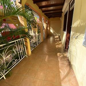 Apartment With 2 Bedrooms In Pointe Noire With Shared Pool Enclosed Garden And Wifi 2 Km From The Beach photos Exterior