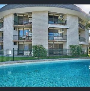 Recently Listed, Renovated, Pool, Self Check-In photos Exterior