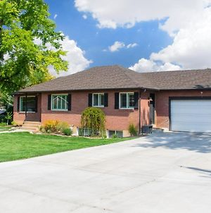 New Family Friendly Home - Serene Utah Valley Stay photos Exterior