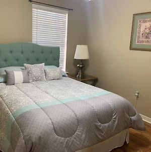 Private Guest Room Inside Cozy Home Covington-Mandeville photos Exterior