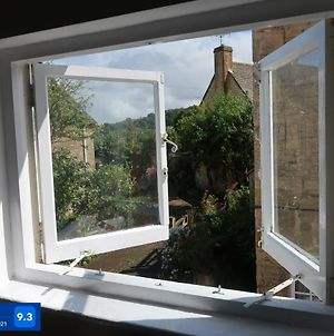Boutique Cottage In The Heart Of Winchcombe photos Exterior