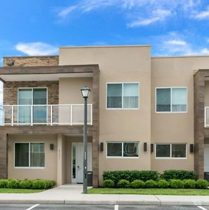 Your Beautiful 5 Star Townhome Minutes From Disney On The Prestigious Magic Village Resort, Orlando Townhome 5031 photos Exterior