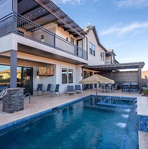 64 65 Two Connected Homes In Ocotillo Springs With Private Pools photos Exterior