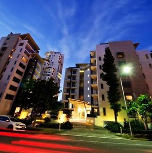 Large Resort Style Apartment In Surfers Paradise photos Exterior
