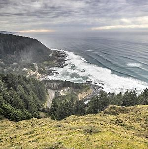 Epic Yachats Escape With Beach Access And Views! photos Exterior
