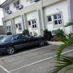 Room In Lodge - Royal Bit Hotelbudget Hotel In Calabar photos Exterior