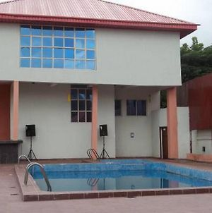 Room In Lodge - Signature Grand Hotelaffordable And Exotic Hotel In Enugu photos Exterior