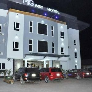 Room In Lodge - Mg Way Hoteltop Hotel In Quality Service And Great Hospitality In Asaba photos Exterior