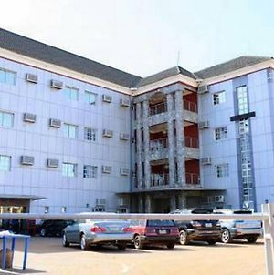 Room In Lodge - Topview Hotel, Asaba Is A Budget Hotel In Asaba, Delta photos Exterior