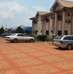 Room In Lodge - Zafike Royal Hotel Budget Hotel In Benin City photos Exterior