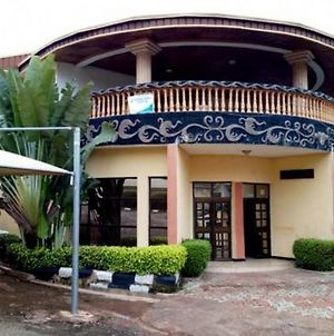 Room In Lodge - Victoria Garden Hotelclassic And Luxurious Hotel In Enugu photos Exterior