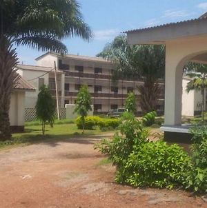 Room In Lodge - Lafia Hotelaffordable And Secured Hotel photos Exterior