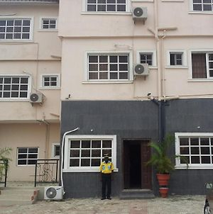 Room In Lodge - Supreme Hotel And Suitesbudget Hotel In Ibadan photos Exterior