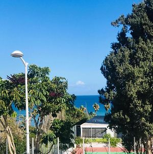 2 Bedroom Sea View Apartment - 100M From The Sea photos Exterior
