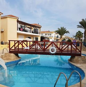 Charming 2 Bed. Ap. With Swimming Pool photos Exterior
