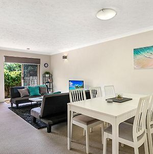 Cosy Townhouse With Patio, Parking Near Hospital photos Exterior